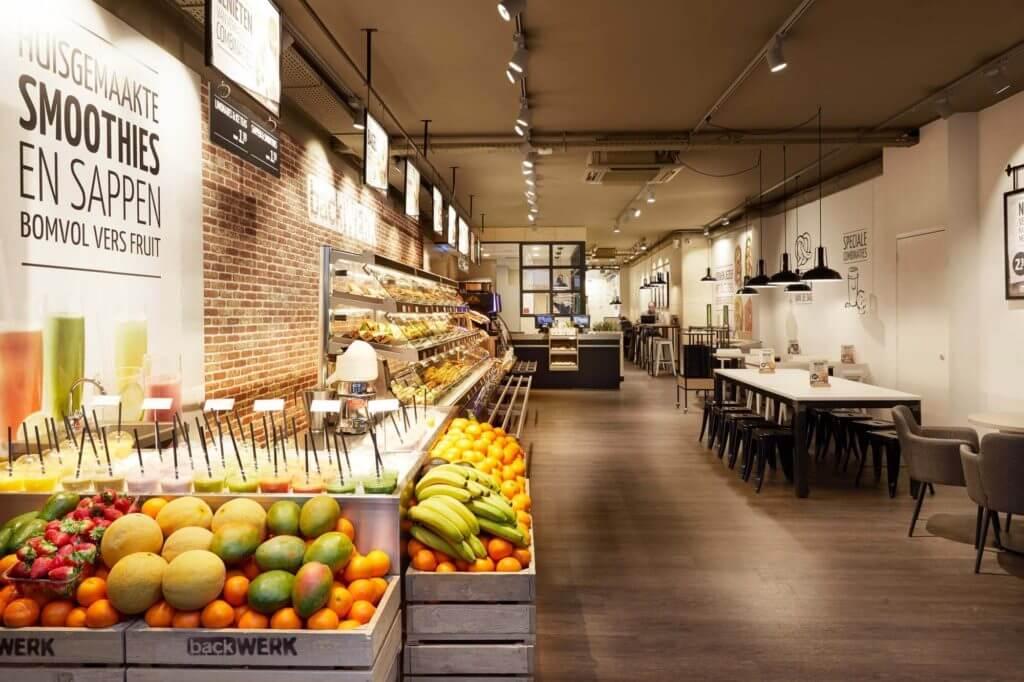 BackWerk: vom Nahversorger mit preiswertem Brot- und Brötchensortiment zum Snack-Anbieter und Back-Gastronomen.