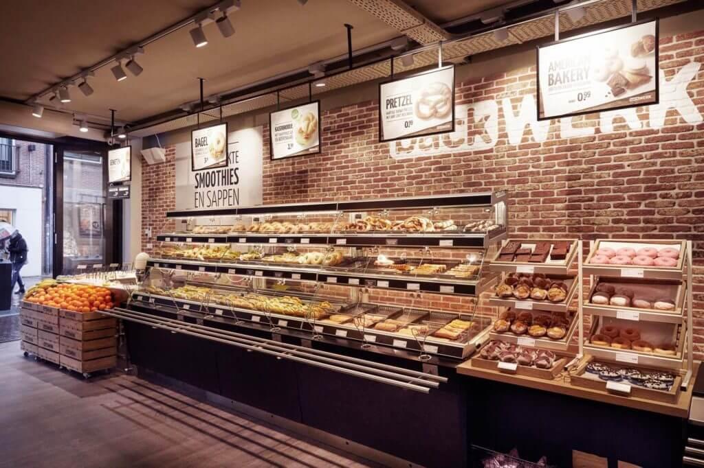 Hier holt man sich den kleinen Snack für Zwischendurch: bei einer von rund 350 BackWerk-Filialen in europäischen Innenstädten.