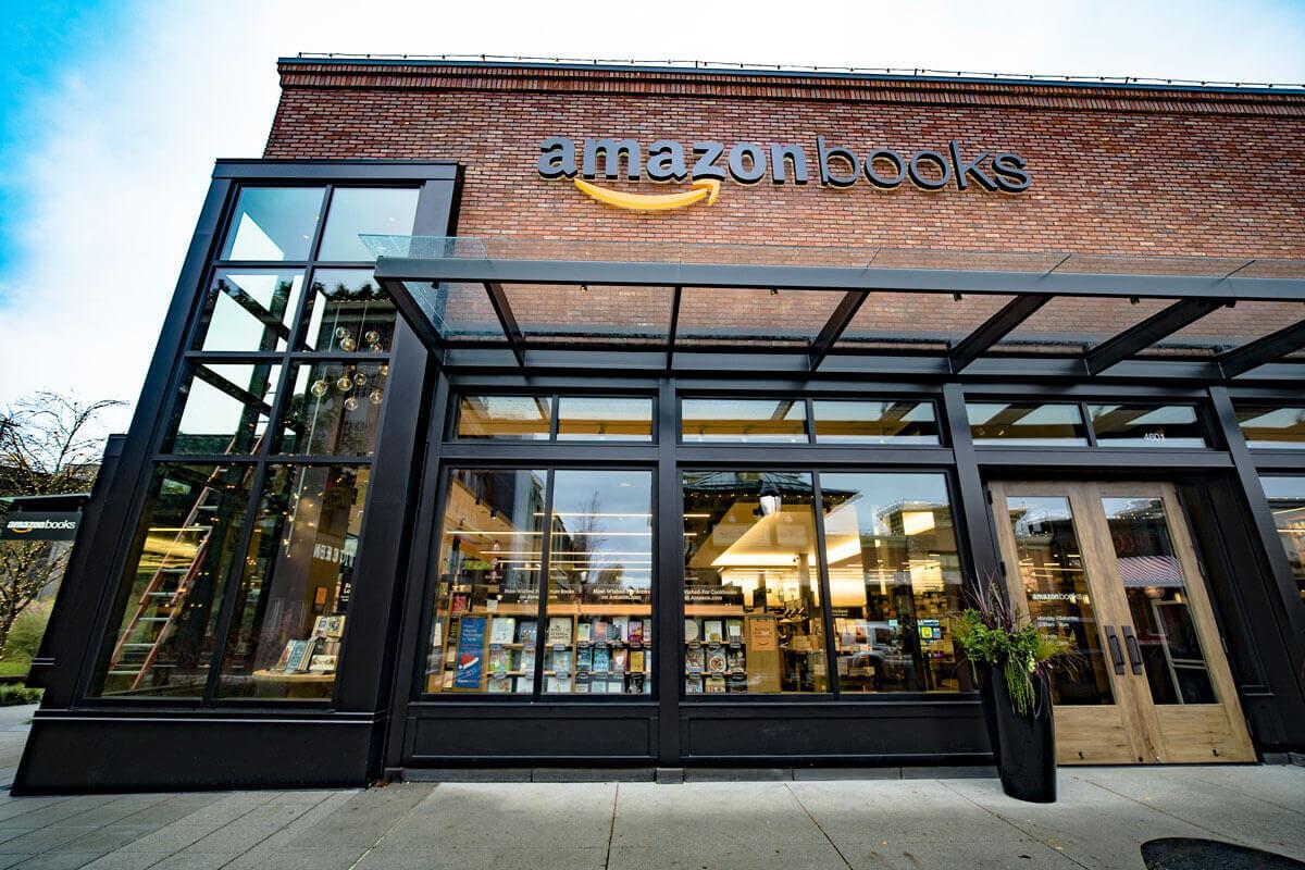 Offline Shopping, USA, Bookshop, amazon, Retail